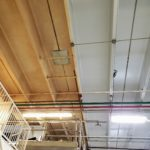 Ceiling before and after dry ice blasting